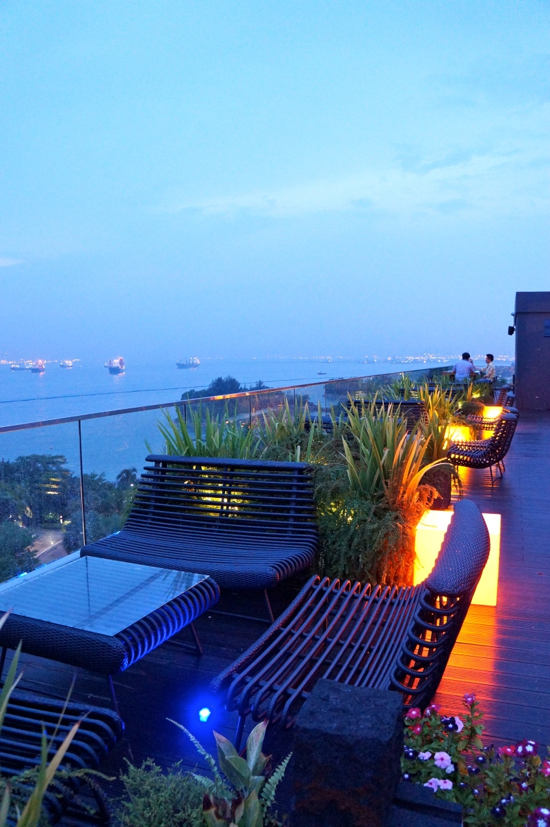 SkyLoft Rooftop Bar & Restaurant @ Sentosa